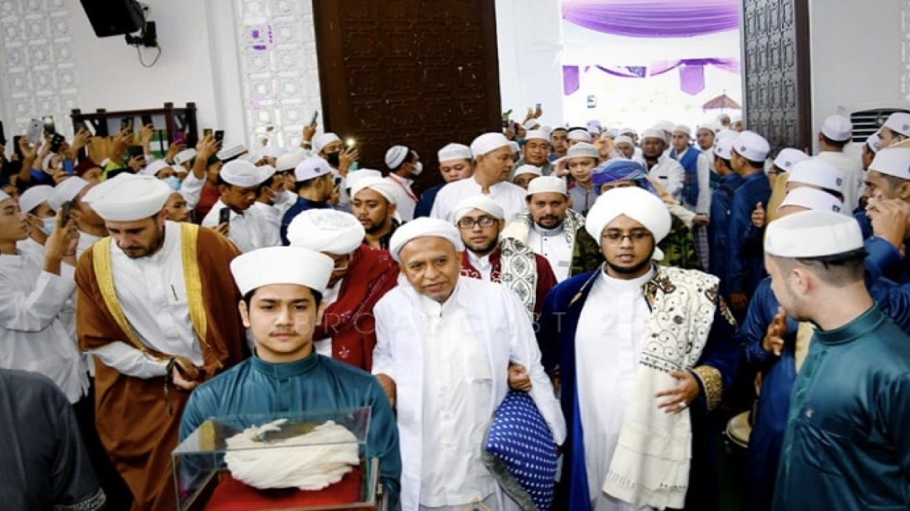 Perayaan Maulid Nadi di Masjid Nurul Musthofa Center